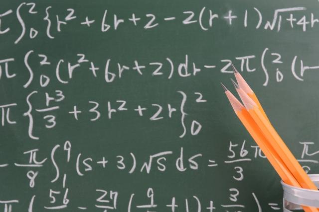 子どもの学力低下も招いた、プリントによる算数授業