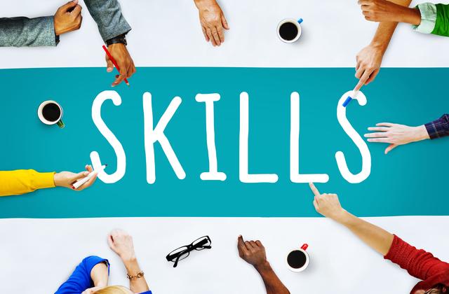 【塾エッセイ】資格や学歴がある方が絶対に有利?